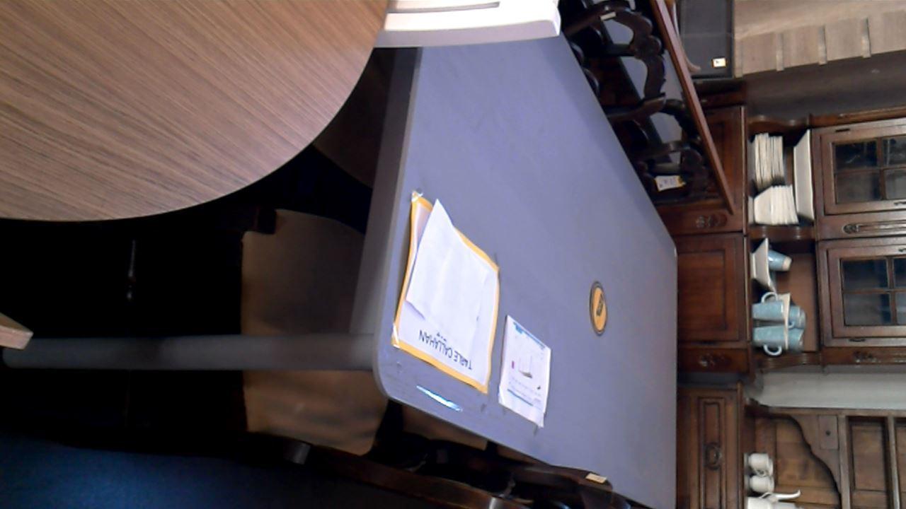 table habitat callahan d 39 occasion. Black Bedroom Furniture Sets. Home Design Ideas