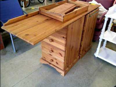 Bureau pin 8 tiroirs d 39 occasion for Bureau 8 tiroirs