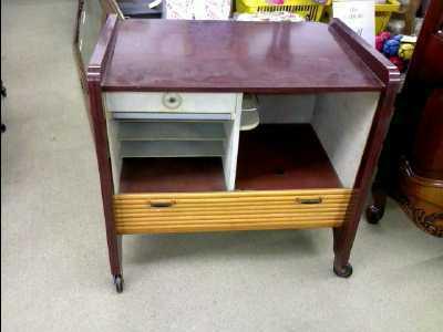 meuble tv vintage d 39 occasion. Black Bedroom Furniture Sets. Home Design Ideas