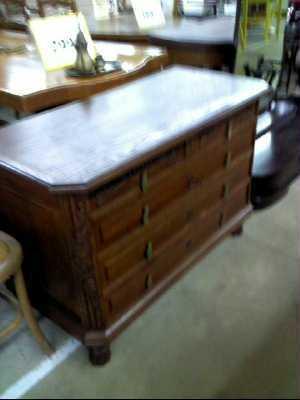 commode 4 tiroirs bois style art deco en l 39 etat d 39 occasion. Black Bedroom Furniture Sets. Home Design Ideas