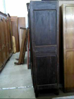 armoire ancienne 18 me 2 portes d 39 occasion. Black Bedroom Furniture Sets. Home Design Ideas