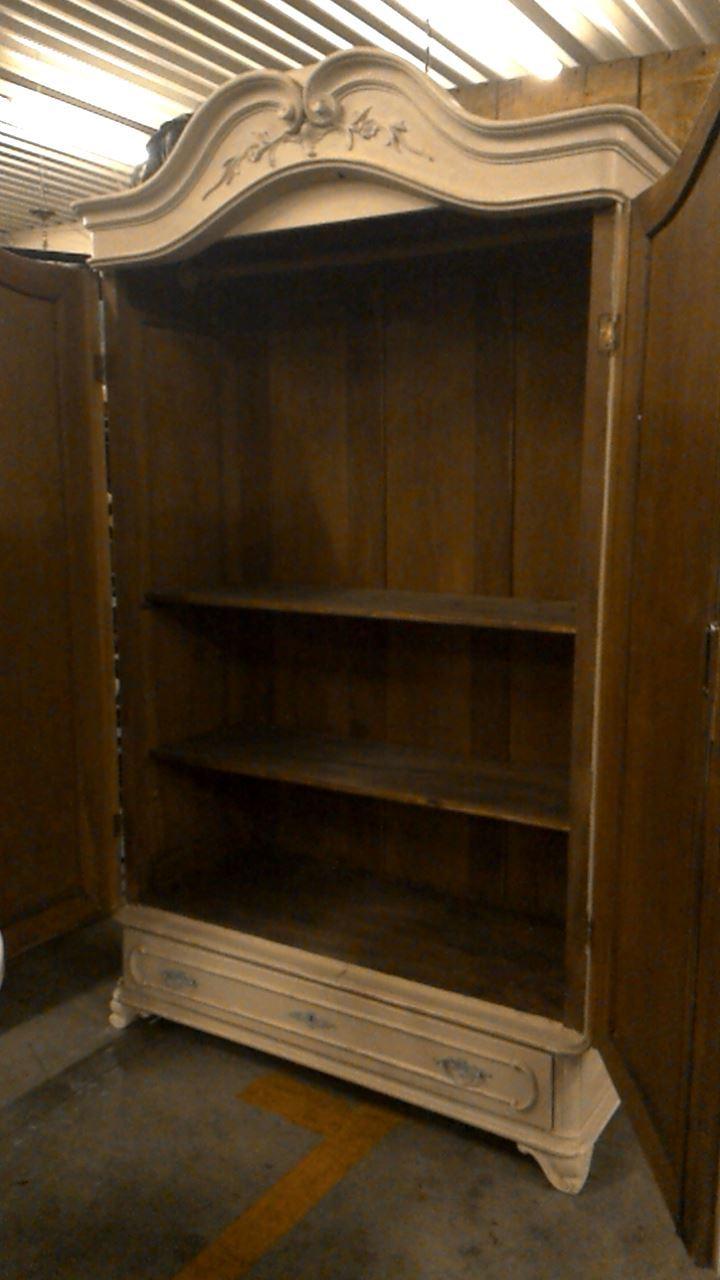 armoire antique patine d 39 occasion. Black Bedroom Furniture Sets. Home Design Ideas