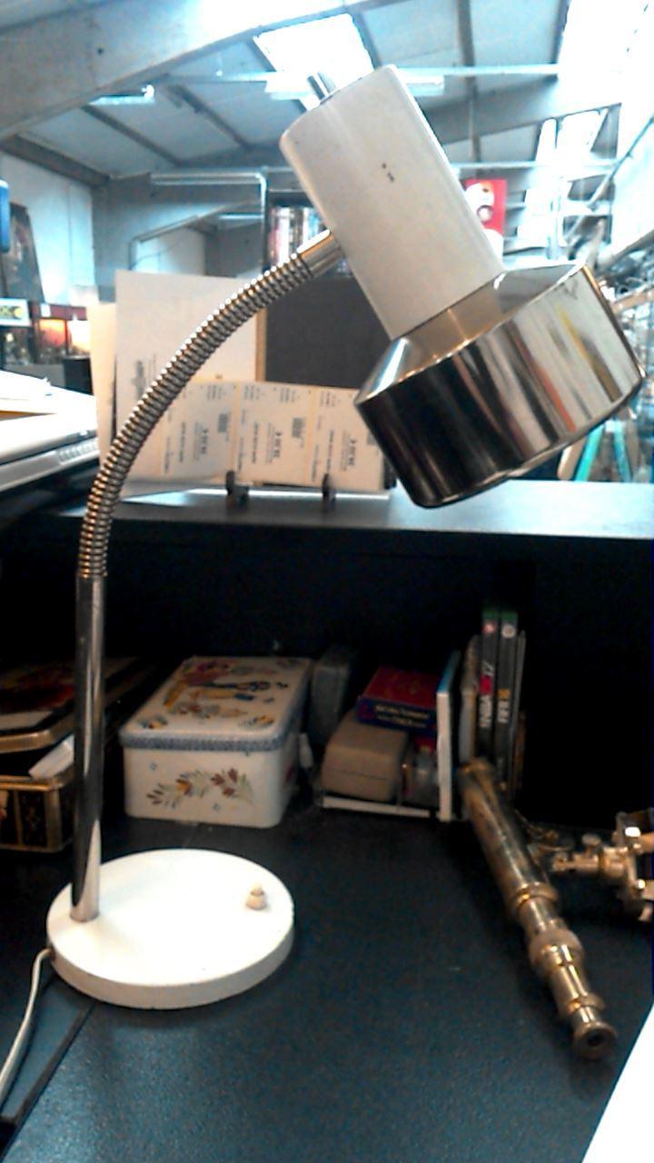 lampe de bureau vintage blanche d 39 occasion. Black Bedroom Furniture Sets. Home Design Ideas